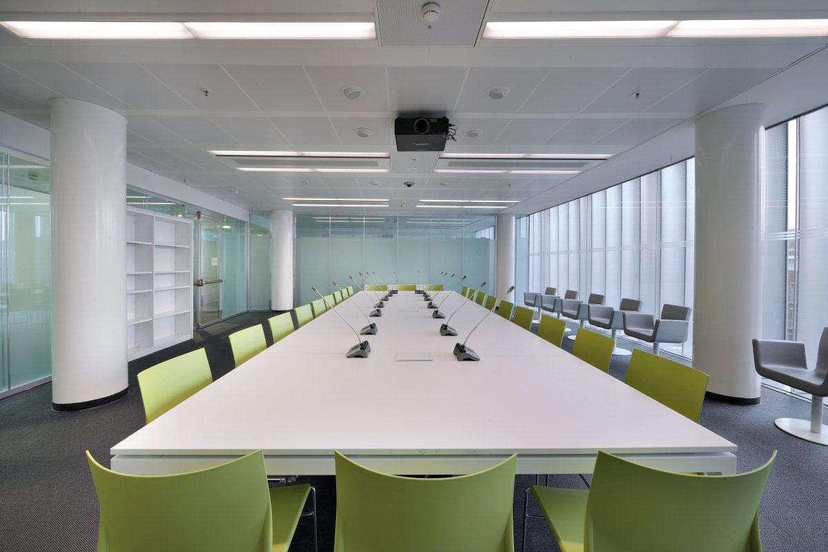 tavolo conferenze Cartesio